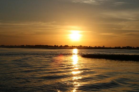 sunset-chobe-cruise.jpg
